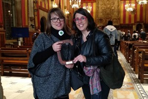 L'Anna i l'Ainhoa recullen el premi