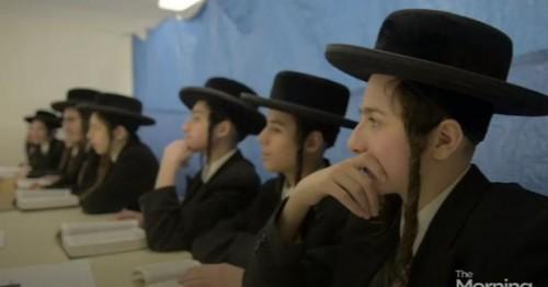 Joves jueus hassidics expulsats, pel jutge, del seu espai llogat a Quebec, per queixes del veïnat, font CultNews101