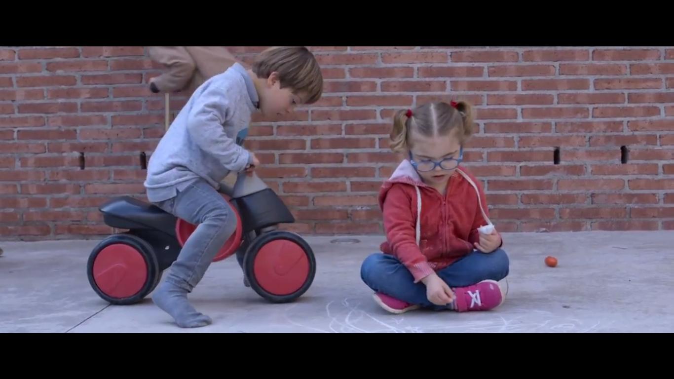 Imagen del video Video corporativo Cromo Suma